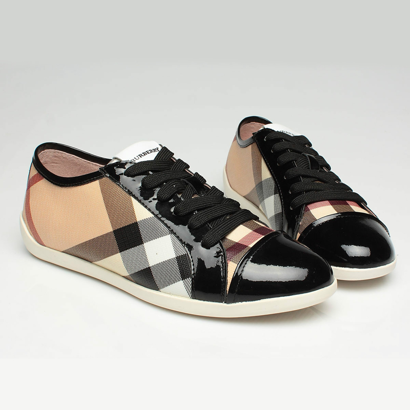Stock Burberry Clothing shoes accessories bags ...